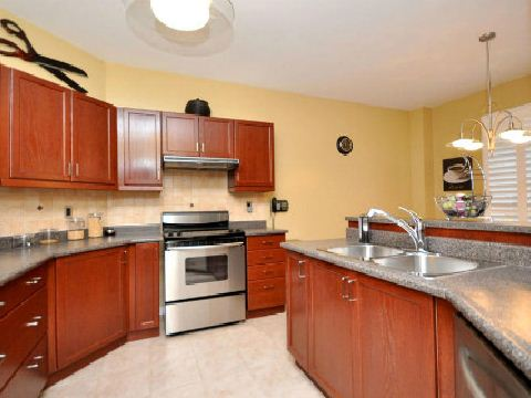 Photo 5: 3605 Emery Drive in Mississauga: Churchill Meadows House (2-Storey) for sale : MLS(r) # W2547783