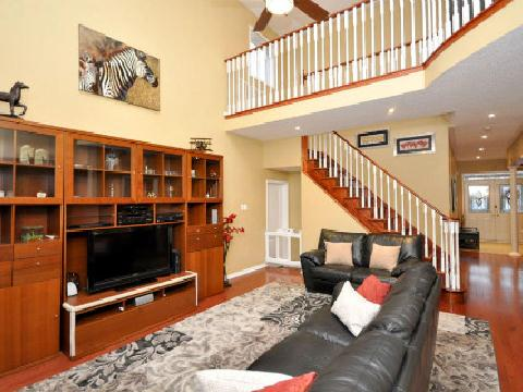 Photo 3: 3605 Emery Drive in Mississauga: Churchill Meadows House (2-Storey) for sale : MLS(r) # W2547783
