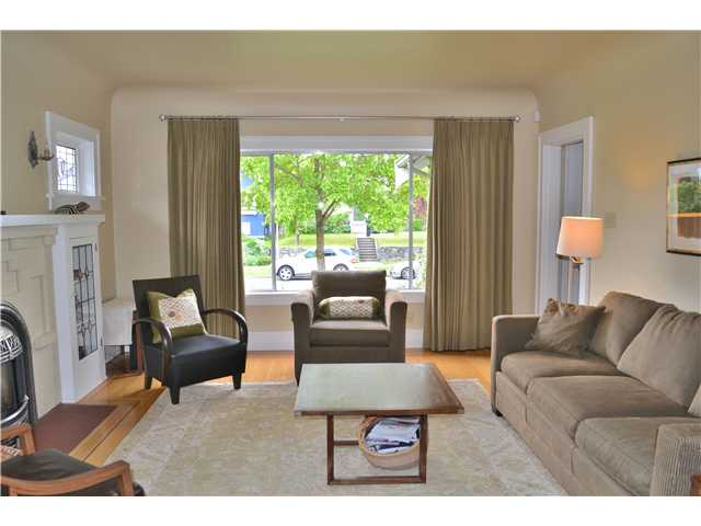 Photo 2: 153 W 20TH AV in Vancouver: Cambie House for sale (Vancouver West)  : MLS® # V1065307