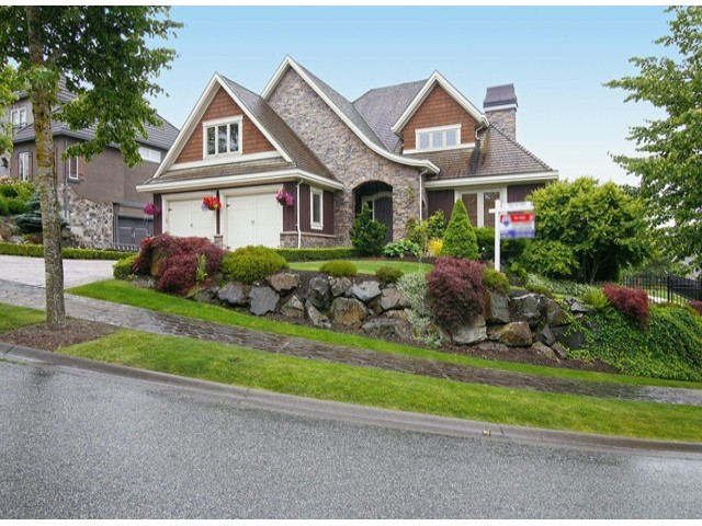 "Main Photo: 35402 JEWEL Court in Abbotsford: Abbotsford East House for sale in ""EAGLE MOUNTAIN"" : MLS®# F1416341"