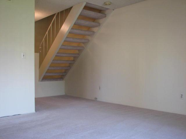 Photo 6: CLAIREMONT Townhome for sale : 2 bedrooms : 4020 Mount Acadia Boulevard in San Diego
