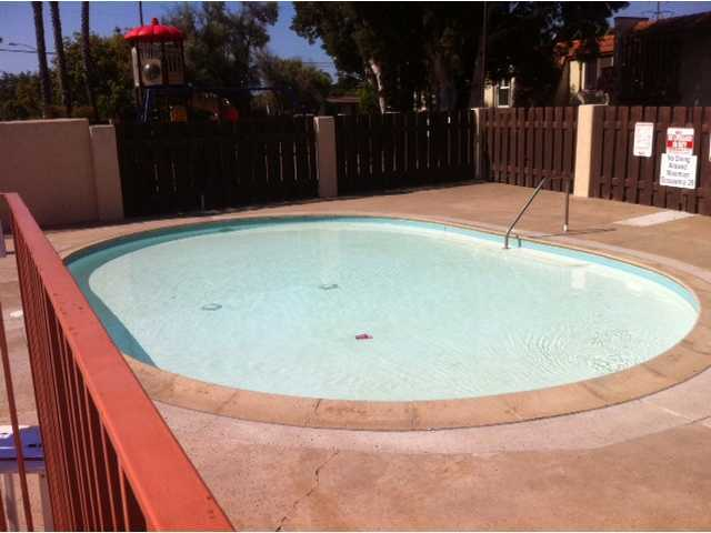 Photo 21: CLAIREMONT Townhome for sale : 2 bedrooms : 4020 Mount Acadia Boulevard in San Diego