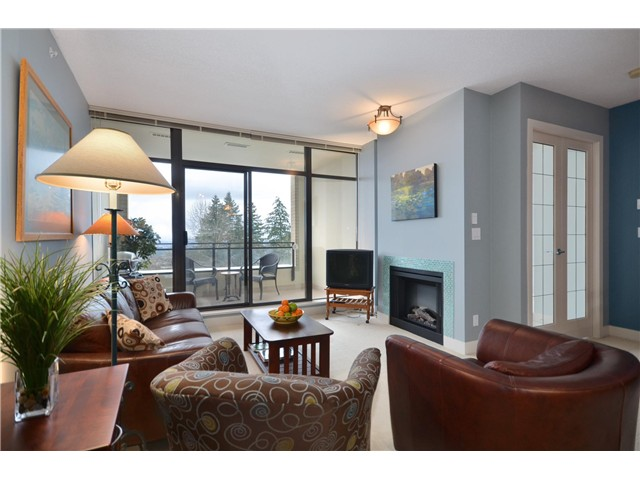 "Main Photo: 400 9330 UNIVERSITY Crescent in Burnaby: Simon Fraser Univer. Condo for sale in ""ONE UNIVERSITY CRESCENT"" (Burnaby North)  : MLS® # V982898"