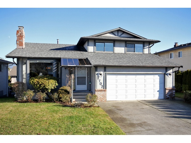 "Main Photo: 3702 SQUAMISH in Abbotsford: Central Abbotsford House for sale in ""Parkside Estates"" : MLS® # F1301523"