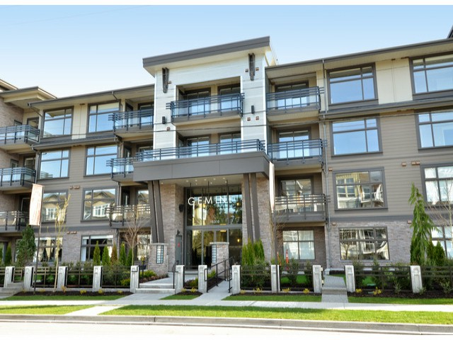 Photo 2: # 210 15310 17A AV in Surrey: King George Corridor Condo for sale (South Surrey White Rock)  : MLS(r) # F1422636