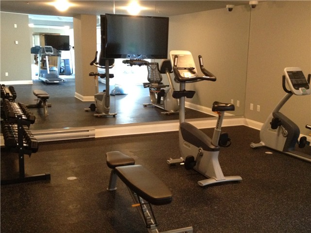 Photo 9: # 210 15310 17A AV in Surrey: King George Corridor Condo for sale (South Surrey White Rock)  : MLS® # F1422636