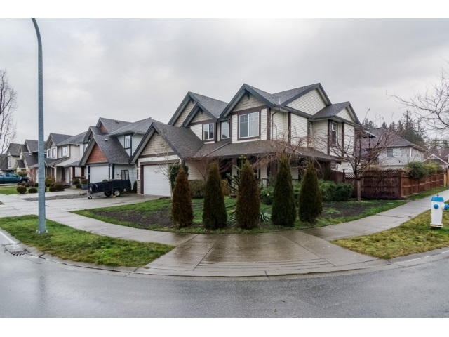 Photo 2: 2836 BOXCAR STREET in Abbotsford: House for sale : MLS® # R2024003