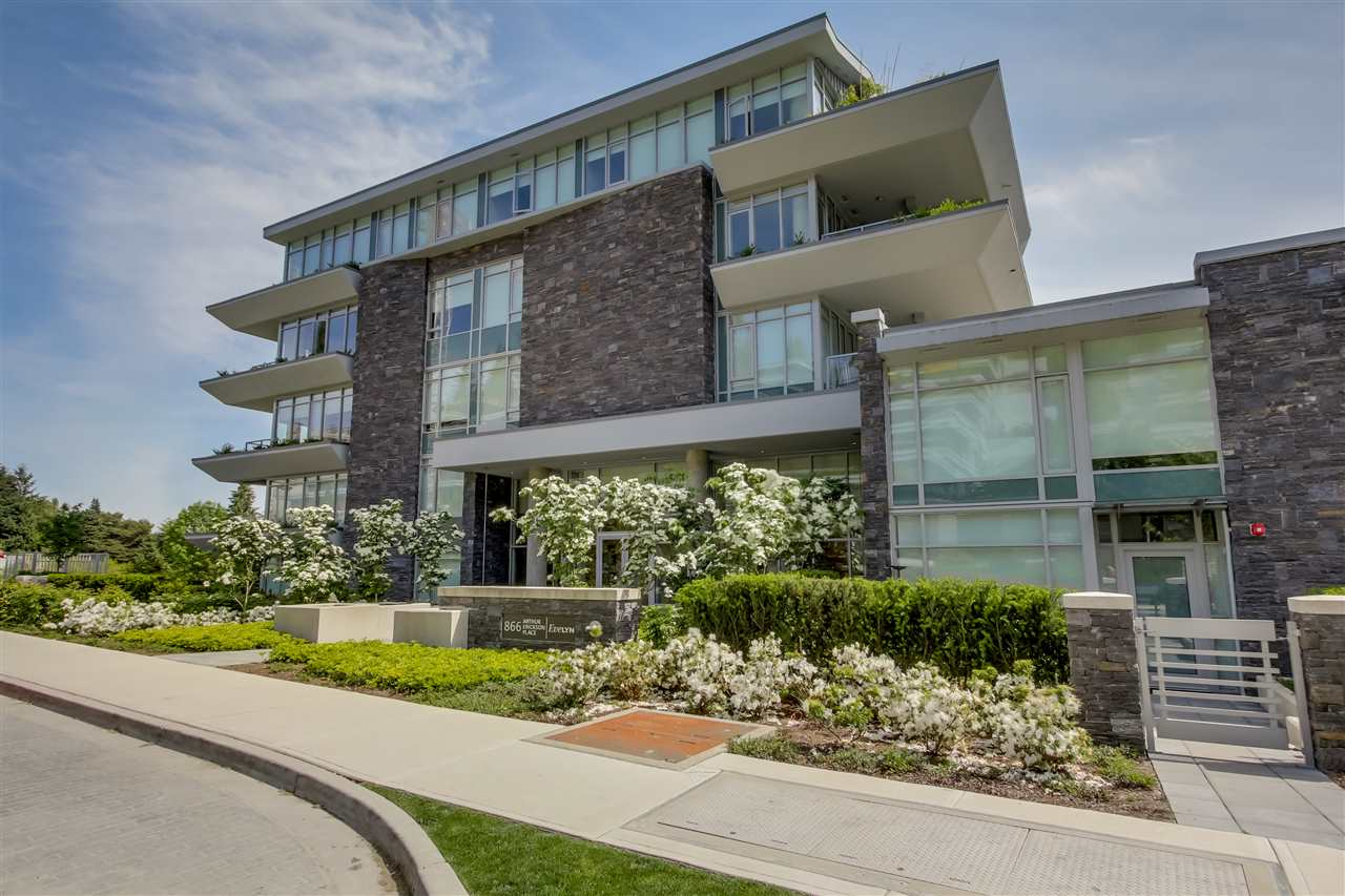 Main Photo: 101 866 ARTHUR ERICKSON PLACE in North Vancouver: Park Royal Condo for sale (West Vancouver)  : MLS® # R2070368