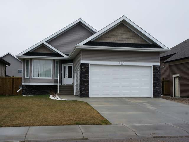 Main Photo: 1606 54TH AVENUE CLOSE in Lloydminster West: Residential Detached for sale (Lloydminster AB)  : MLS®# 46989