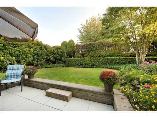FEATURED LISTING: 112 - 3770 MANOR Street Burnaby North