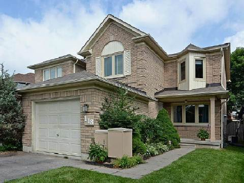 Main Photo: 118 White Pine Crest in Pickering: Highbush House (2-Storey) for sale : MLS® # E2688966