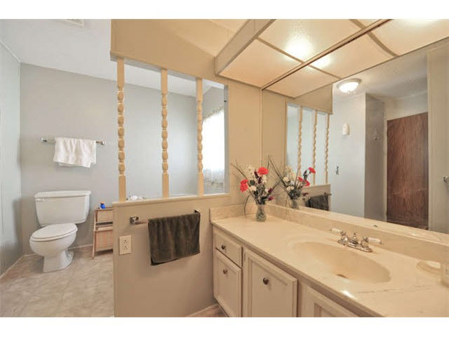 Photo 9: 18 8560 156 STREET in Surrey: Fleetwood Tynehead Manufactured Home for sale : MLS® # R2042111