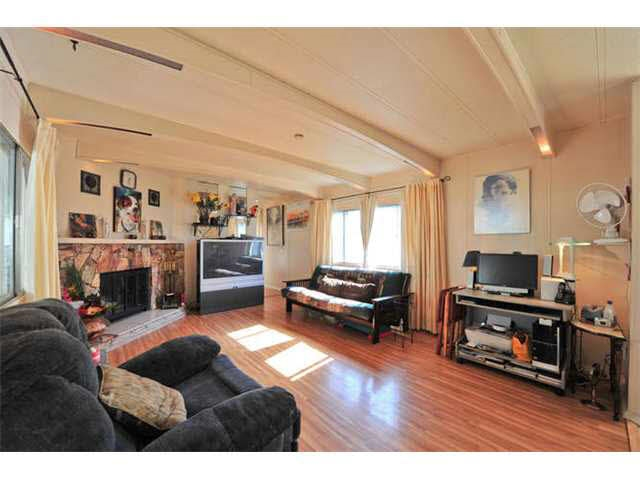 Photo 4: 18 8560 156 STREET in Surrey: Fleetwood Tynehead Manufactured Home for sale : MLS® # R2042111