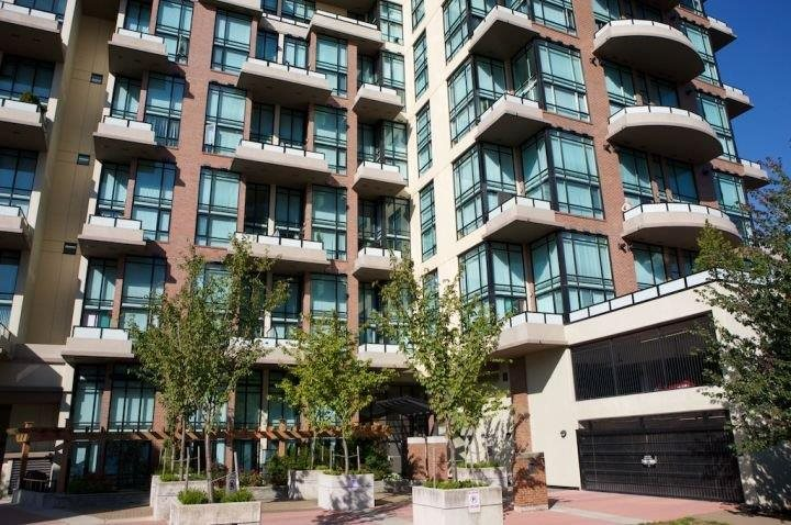 Photo 11: 508 10 RENAISSANCE SQUARE in New Westminster: Quay Condo for sale : MLS(r) # R2120338