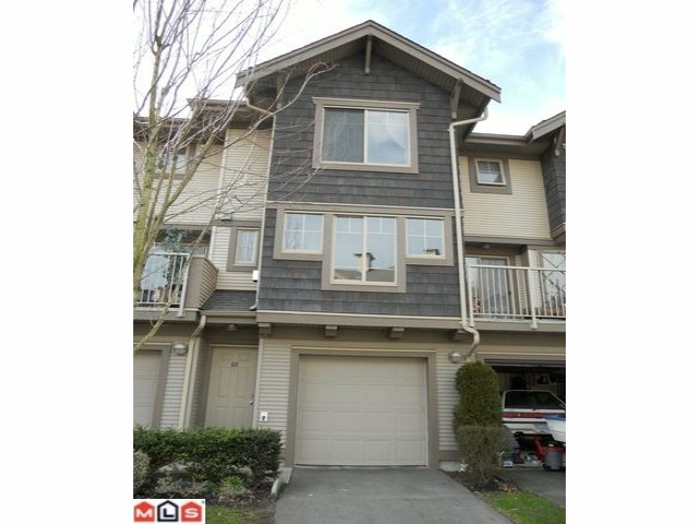 "Main Photo: 66 20761 DUNCAN Way in Langley: Langley City Townhouse for sale in ""WYNDHAM LANE"" : MLS® # F1202763"