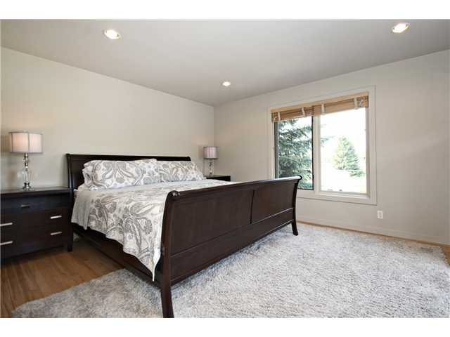 Photo 11: 26 LISSINGTON Drive SW in CALGARY: North Glenmore Residential Detached Single Family for sale (Calgary)  : MLS® # C3626856