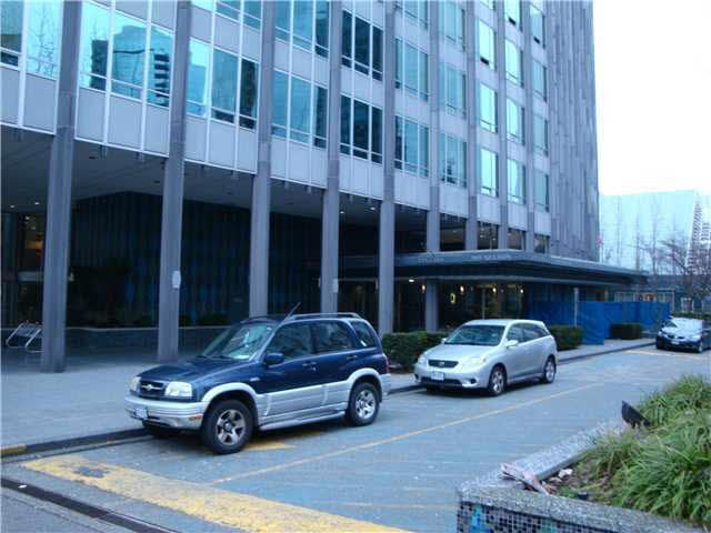 Photo 4: 2003 989 NELSON STREET in Vancouver: Downtown VW Condo for sale (Vancouver West)  : MLS(r) # R2107503
