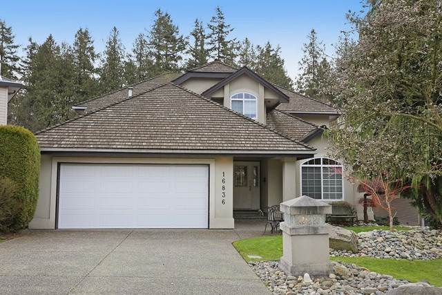 Main Photo: 16836 57a Avenue in Cloverdale: Cloverdale BC House for sale : MLS® # R2041109