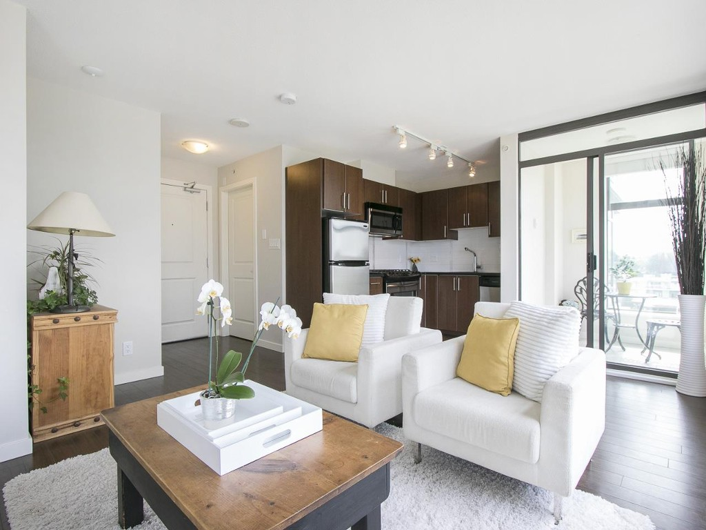 Main Photo: 905 1068 West Broadway in Vancouver: Fairview VW Condo for sale (Vancouver West)  : MLS®# R2060723