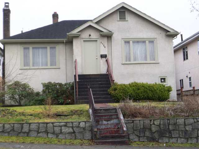Main Photo: 2758 E 24TH Avenue in Vancouver: Renfrew Heights House for sale (Vancouver East)  : MLS® # V931516