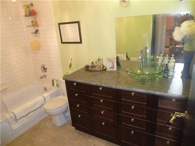 Photo 7: # 415 549 COLUMBIA ST in : The Heights NW Condo for sale : MLS(r) # V842056