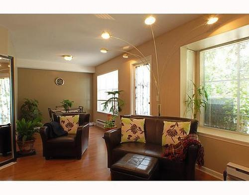 Photo 3: 32 12099 237TH Street in Maple Ridge: East Central Home for sale ()  : MLS(r) # V789289
