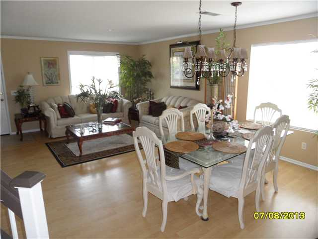 Photo 17: OCEANSIDE House for sale : 4 bedrooms : 426 Shadow Tree Drive