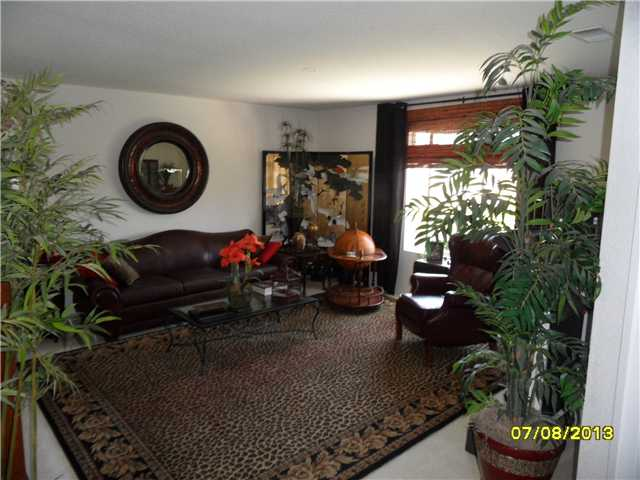 Photo 18: OCEANSIDE House for sale : 4 bedrooms : 426 Shadow Tree Drive