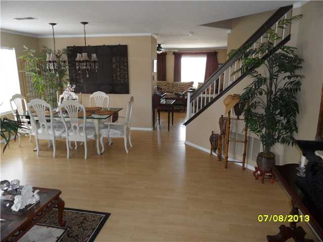 Photo 15: OCEANSIDE House for sale : 4 bedrooms : 426 Shadow Tree Drive