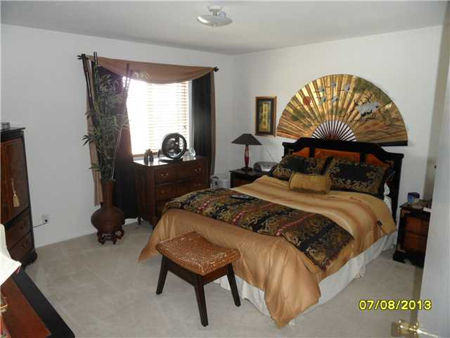 Photo 20: OCEANSIDE House for sale : 4 bedrooms : 426 Shadow Tree Drive