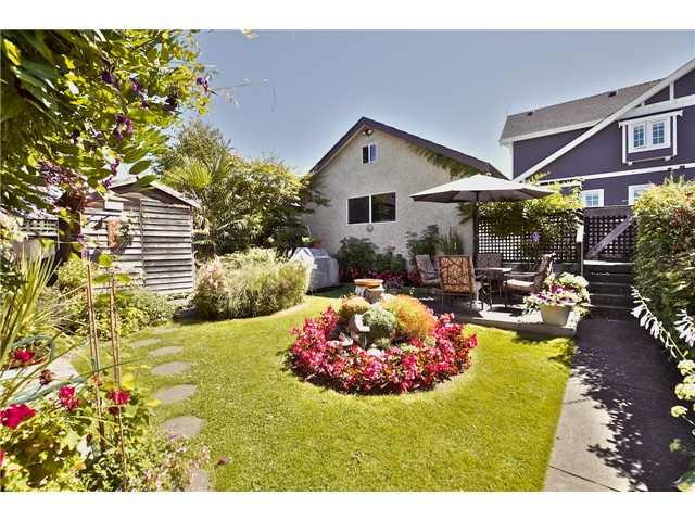 Main Photo: 4170 Inverness Street in Vancouver: Knight House for sale (Vancouver East)  : MLS® # v1075329