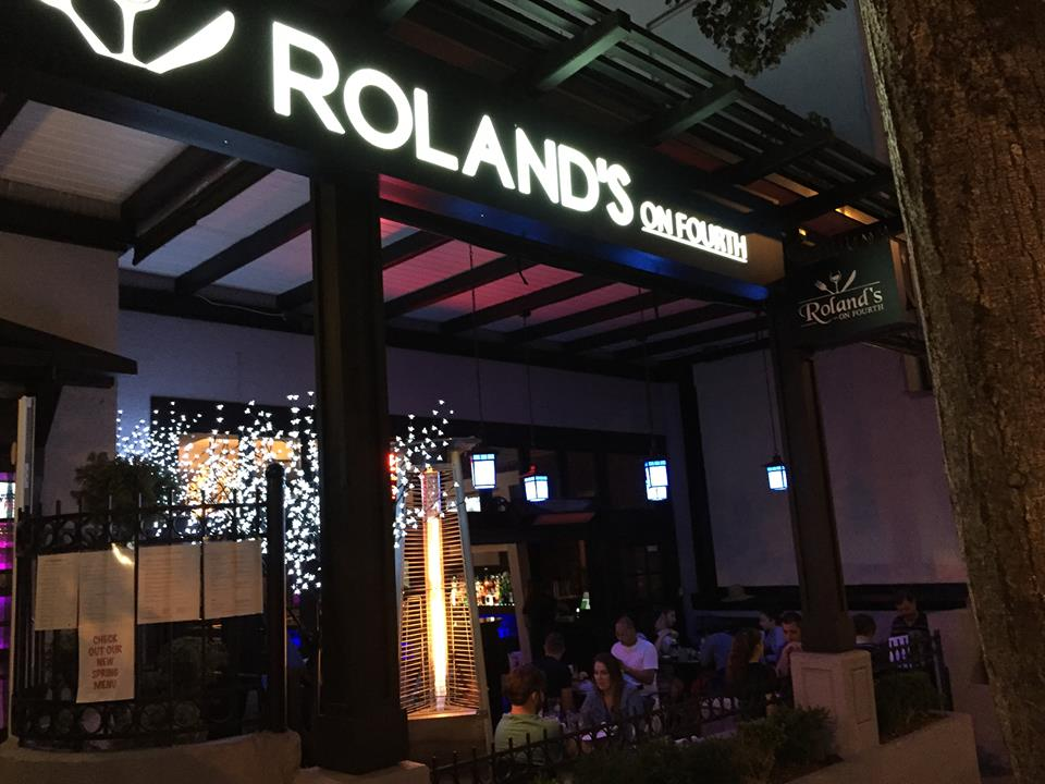 Main Photo: ~ ROLANDS ON 4TH ~ in : 4th Ave @ Maple St. Home for lease (Vancouver West)