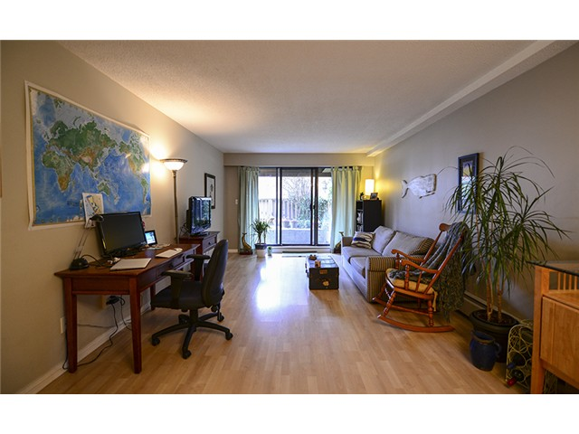 Photo 4: # 102 2424 CYPRESS ST in Vancouver: Kitsilano Condo for sale (Vancouver West)  : MLS(r) # V1064786