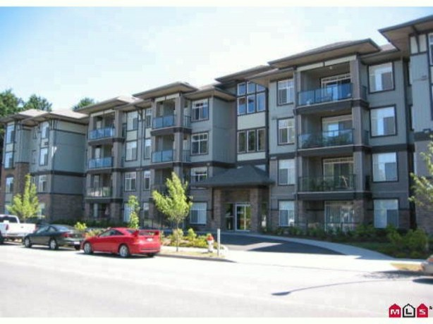 "Photo 10: 401 33338 MAYFAIR Avenue in Abbotsford: Central Abbotsford Condo for sale in ""THE STIRLING ON MAYFAIR"" : MLS(r) # F1420645"