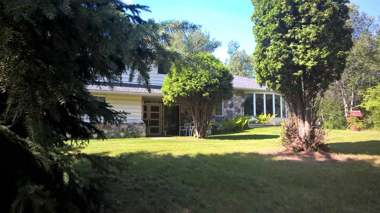 Photo 2: 18 51306 RGE RD 262 RD in Rural Parkland County: Woodland Acres House for sale : MLS® # E4032761