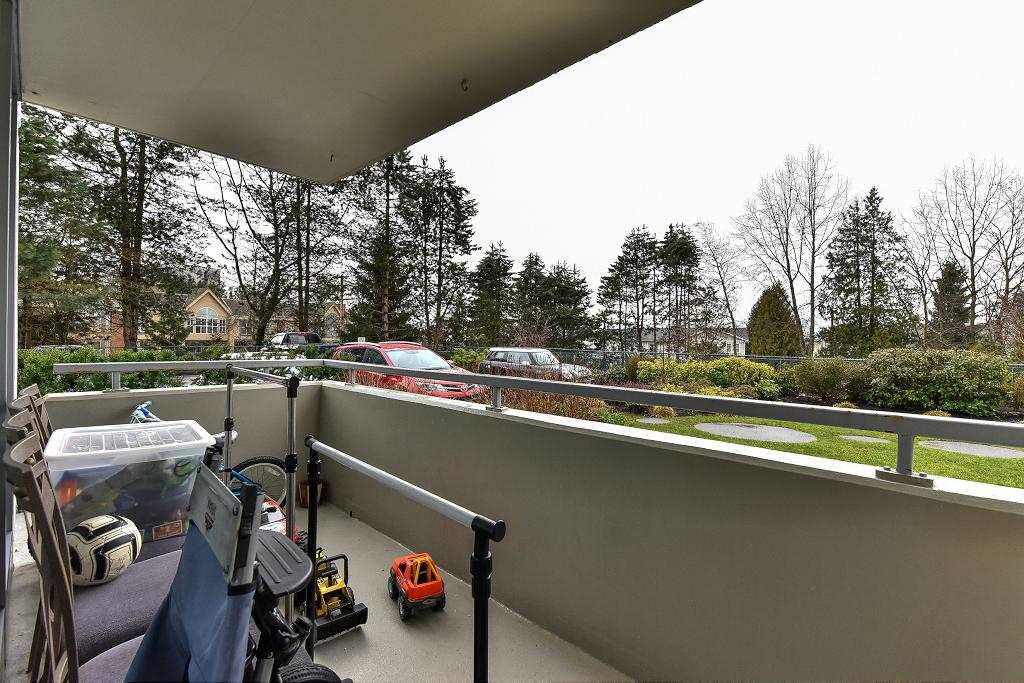 Photo 16: 101 5652 Patterson Avenue in Burnaby: Condo for sale : MLS(r) # R2138305
