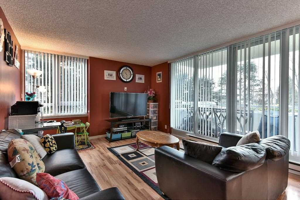 Photo 2: 101 5652 Patterson Avenue in Burnaby: Condo for sale : MLS(r) # R2138305