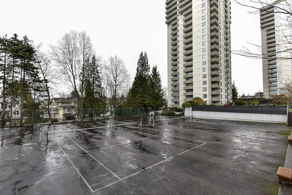 Photo 17: 101 5652 Patterson Avenue in Burnaby: Condo for sale : MLS(r) # R2138305