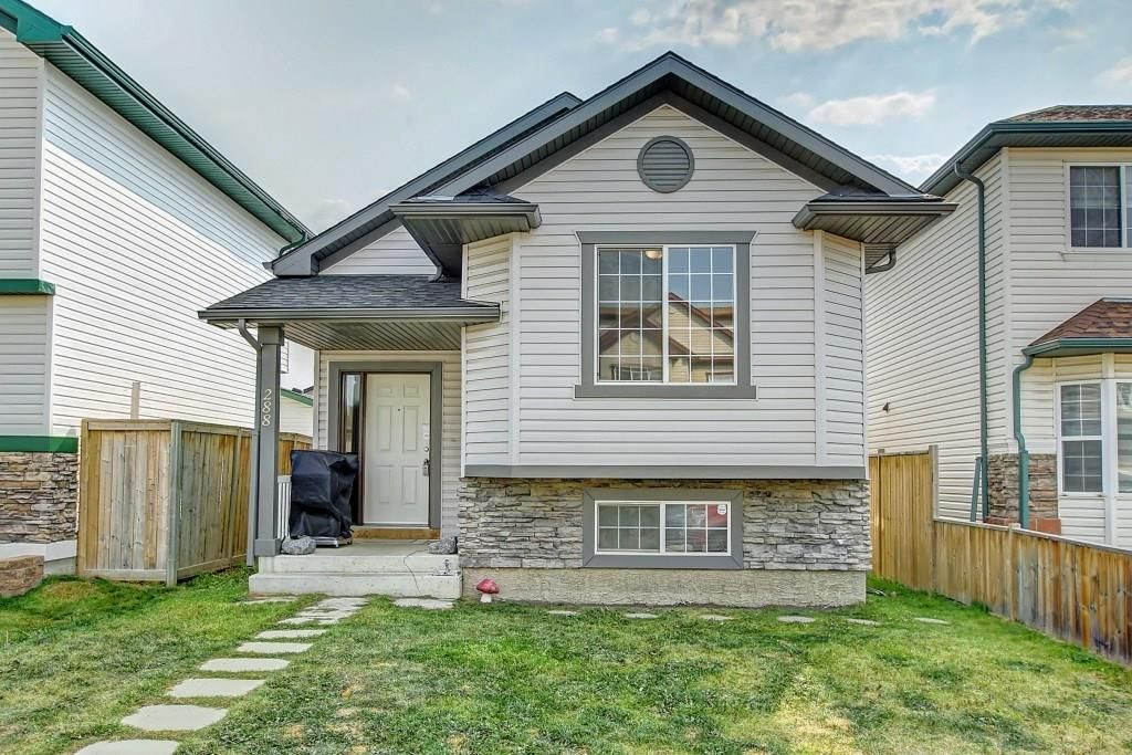 FEATURED LISTING: 288 SADDLEMEAD Road Northeast Calgary
