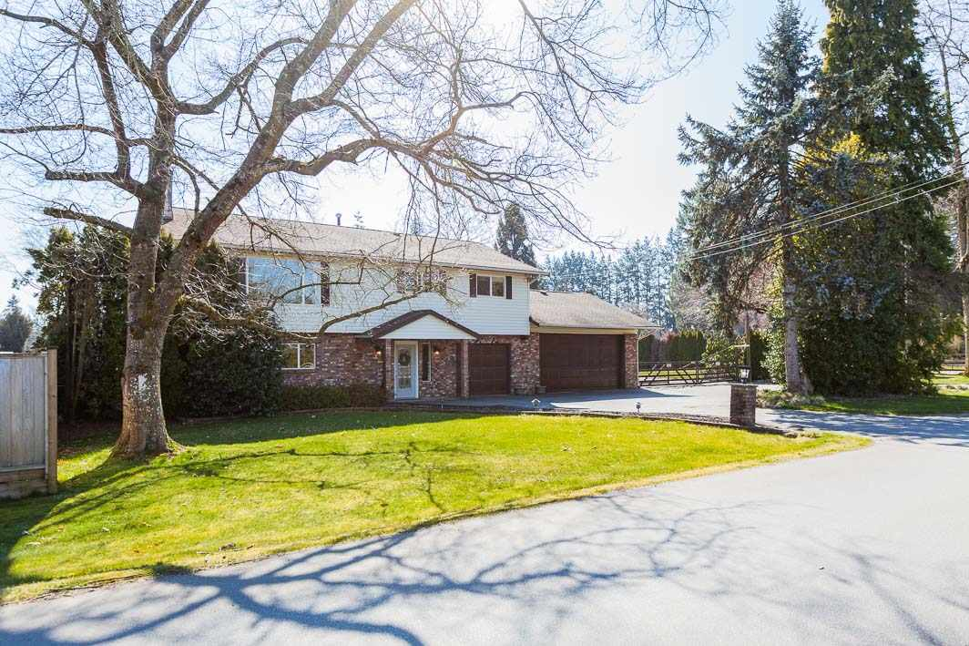 FEATURED LISTING: 24570 52 Avenue Langley