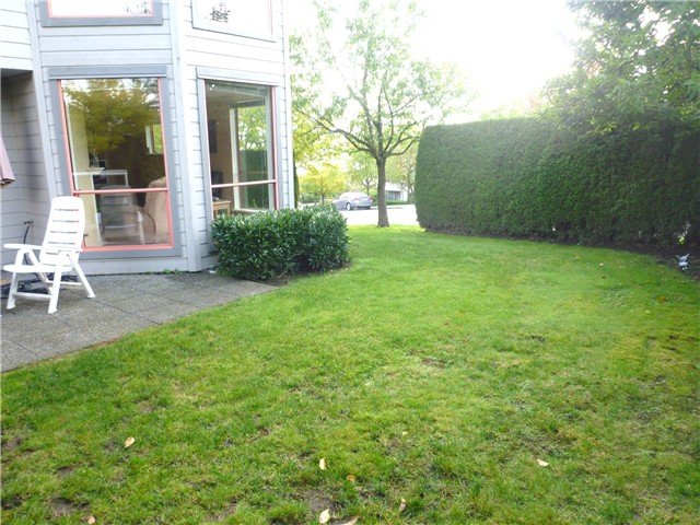 Photo 8: # 60 323 GOVERNORS CT in : Fraserview NW Townhouse for sale : MLS® # V928039