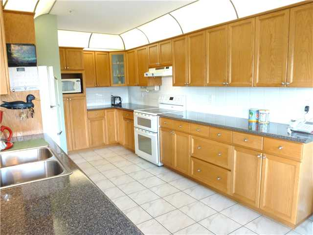 Photo 2: # 60 323 GOVERNORS CT in : Fraserview NW Townhouse for sale : MLS® # V928039