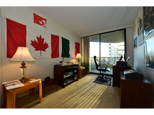 "Photo 10: 806 3740 ALBERT Street in Burnaby: Vancouver Heights Condo for sale in ""THE HEIGHTS"" (Burnaby North)  : MLS(r) # V997846"