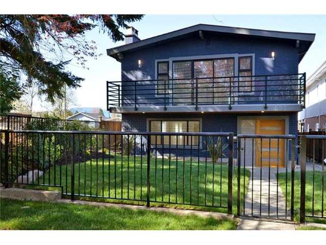 "Main Photo: 527 E 30TH Avenue in Vancouver: Fraser VE House for sale in ""MAIN"" (Vancouver East)  : MLS®# V1004528"