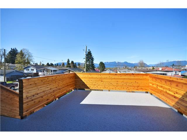 "Photo 7: 527 E 30TH Avenue in Vancouver: Fraser VE House for sale in ""MAIN"" (Vancouver East)  : MLS(r) # V1004528"
