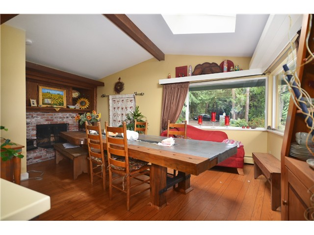 Photo 4: 3801 BAYRIDGE AV in West Vancouver: Bayridge House for sale : MLS® # V1023302