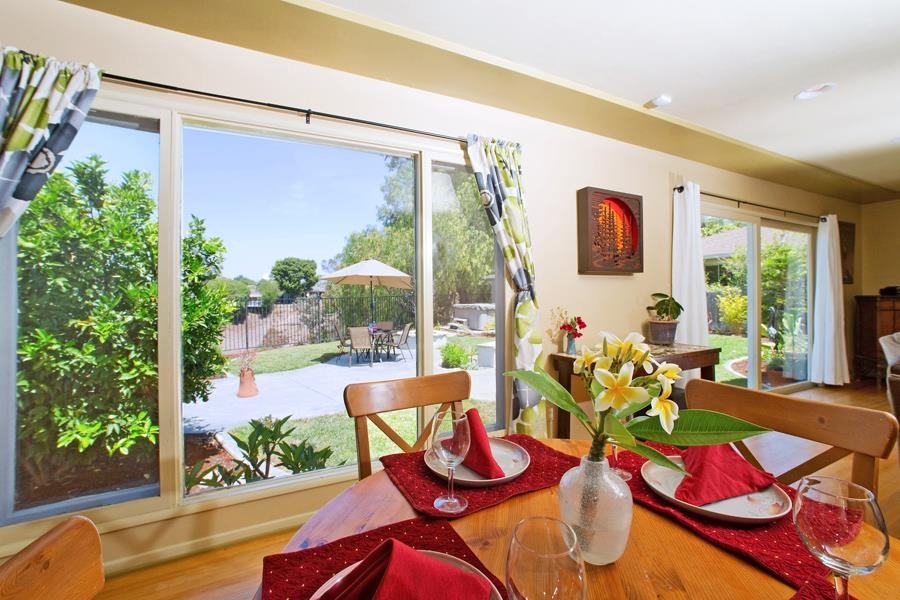 Photo 4: SAN DIEGO House for sale : 3 bedrooms : 4835 Barbarossa Pl