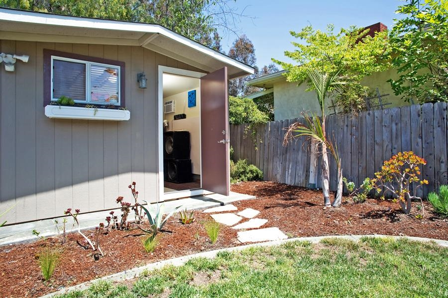 Photo 21: SAN DIEGO House for sale : 3 bedrooms : 4835 Barbarossa Pl