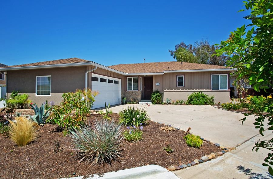 Main Photo: SAN DIEGO House for sale : 3 bedrooms : 4835 Barbarossa Pl