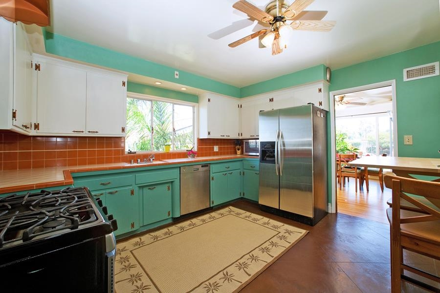 Photo 6: SAN DIEGO House for sale : 3 bedrooms : 4835 Barbarossa Pl